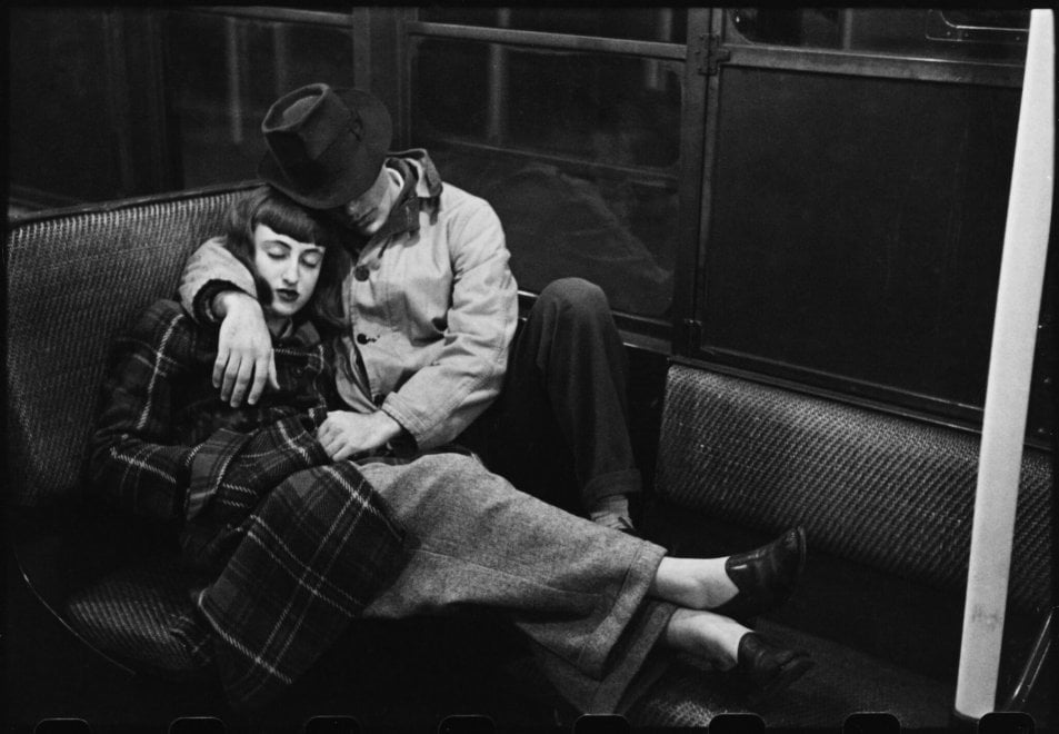 Stanley Kubrick, da 'Life and Love on the New York City Subway', 1947.