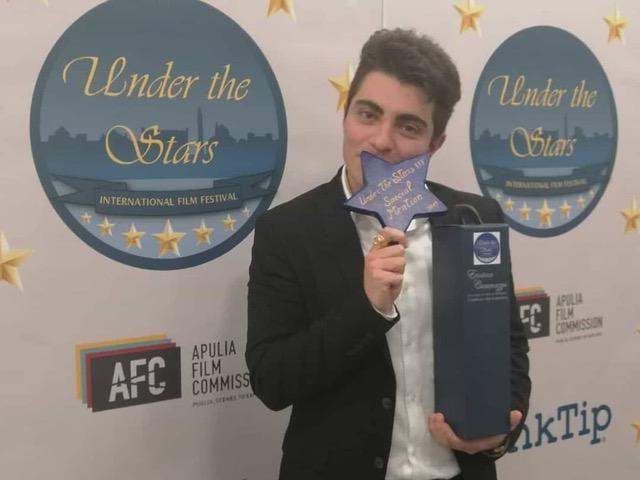 Intervista ad Alessandro Leo, giovane regista premiato da Bari a Roma per il cortometraggio Indescrivibile.