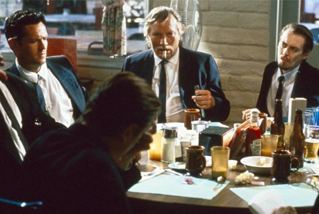 Mr Pink non lascia mance alle cameriere, cita Nietzsche senza saperlo (?) e non accetta schemi morali e sociali. Ma ha anche dei difetti.